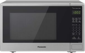 #2. Best Microwave for Mid-Size Families and Couples: Panasonic NN-SU696S Stainless Steel Microwave